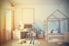 Sala do bebê s com um computador tonificado Foto de Stock