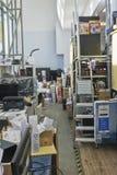 Sala do caos do material do serviço eletrônico Imagens de Stock