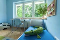 Sala do rapaz pequeno do interior Imagens de Stock Royalty Free