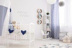 Sala náutica do bebê fotos de stock