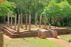 Sala per conferenze, patrimonio mondiale di Anuradhapura Mihintale dell'Unesco dello Sri Lanka Immagini Stock Libere da Diritti