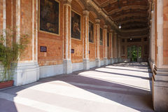 Sala pompe con le colonne del Corinthian in Baden-Baden Immagine Stock