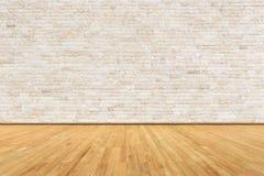 Sala vazia com parede e o assoalho de madeira fotos de stock