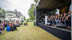 Salacgriva Lettland, internationell musikfestival LABADABA, Juli Arkivbilder