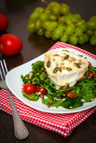 Salad with baked goat's cheese Royalty Free Stock Images