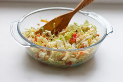 Salad of cabbage, crackers, tomato, chicken Royalty Free Stock Photography