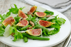 Salad with figs and needle beans Royalty Free Stock Images