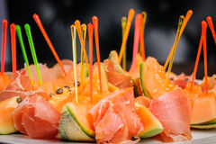 Salad with prosciutto and papaya Royalty Free Stock Images