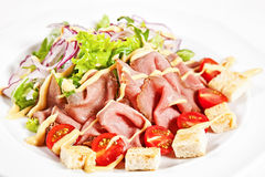 Salad with roast beef Royalty Free Stock Photography