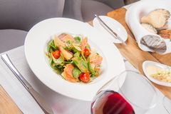 Salad: sausage, cheese, vegetable, vinaigrette Royalty Free Stock Photography