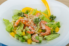 Salad with shrimps and avocado Stock Photography