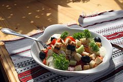 Salada apetitosa em uma placa Fotografia de Stock Royalty Free