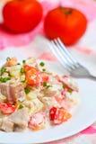 Salada caseiro com presunto, tomate e maionese imagem de stock royalty free