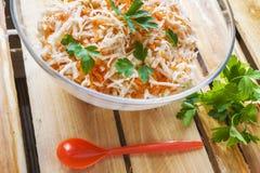 Vegetal da salsa da salada do alimento das cenouras do aipo de madeira Imagens de Stock Royalty Free