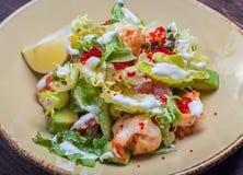 Salada com camarão e caviar Fotos de Stock