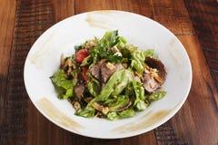Salada com carne assada Imagem de Stock Royalty Free