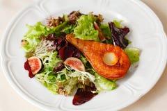 Salada com pera Fotos de Stock