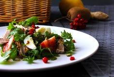 Salada da rúcula e da carne do tomate Foto de Stock