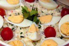 Salada de batata - alemão tradicional com ovos Fotos de Stock