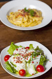 Salada de caesar com bacon, queijo Imagem de Stock