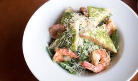 Salada de Caesar com prowns Imagem de Stock