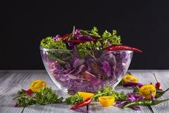 Salada de couve vermelha Fotos de Stock