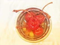 Salada de fruta no vidro Fotografia de Stock Royalty Free