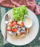 Salada de fruto da mistura Fotos de Stock Royalty Free