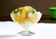 Salada de frutos imagem de stock royalty free