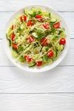 Salada de massa com brotos e vegetarianos Foto de Stock Royalty Free