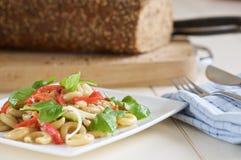 Salada de massa fresca imagens de stock