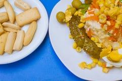 Salada de milho com vegetais Fotos de Stock Royalty Free