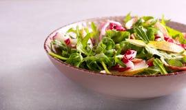 Salada de Rocket, de bacon e de pera Foto de Stock Royalty Free