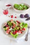 Salada deliciosa e saudável imagem de stock royalty free