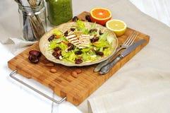 Salada do aipo com datas, amêndoas e queijo Fotos de Stock