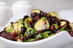 Salada do couve-de-bruxelas Imagens de Stock