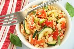Salada do cuscuz fotografia de stock