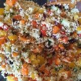 Salada do cuscuz com Imagens de Stock Royalty Free