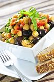 Salada do grão-de-bico do vegetariano imagens de stock