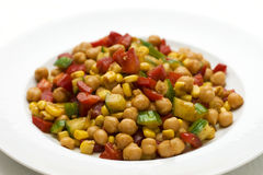 Salada do Oriente Médio do grão-de-bico imagem de stock