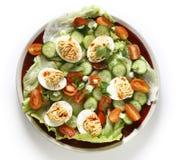 Salada do ovo de Deviled de cima do branco excedente Fotos de Stock Royalty Free