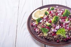 Salada do Quinoa com romã Foto de Stock