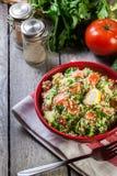 Salada do taboulé com cuscuz fotografia de stock