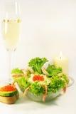 Salada e champanhe do cocktail Fotos de Stock Royalty Free