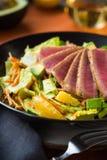 Salada passada ligeiramente de Ahi Fotografia de Stock