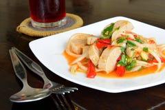 A salada picante da carne de porco da trituração, alimento tailandês Imagem de Stock