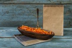 Salada picante da cenoura, estilo coreano asiático fotografia de stock royalty free
