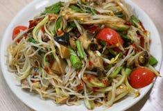 Salada picante misturada da papaia Fotografia de Stock