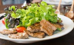 Salada Roasted da carne de porco Fotografia de Stock Royalty Free