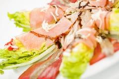 Salada salmon da anchova do alimento Imagens de Stock Royalty Free
